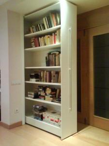 armario oculto abierto