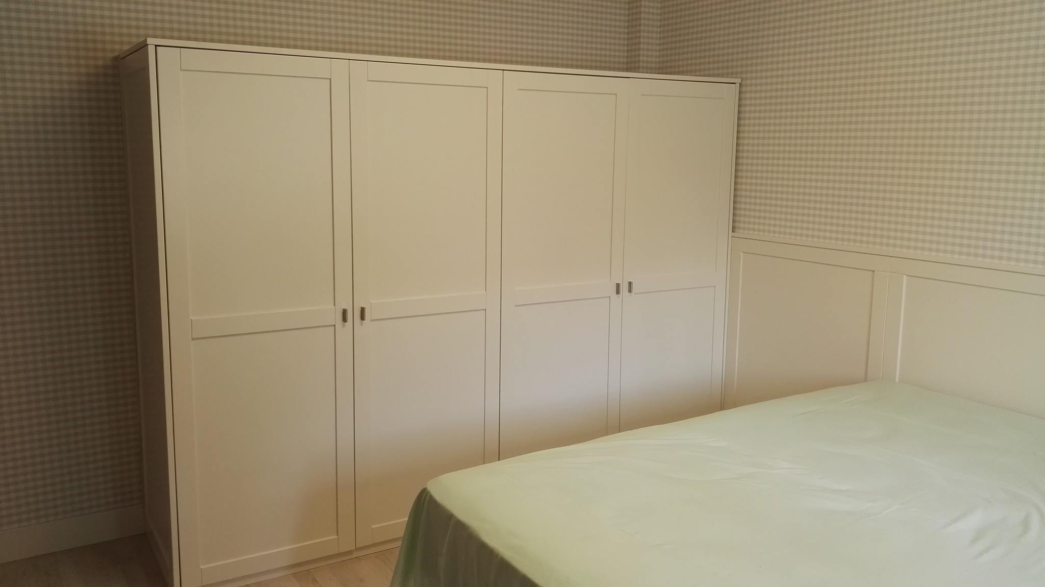armario blanco bajo