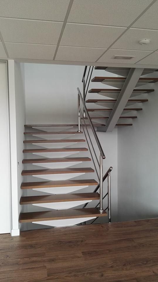 escaleras de oficina